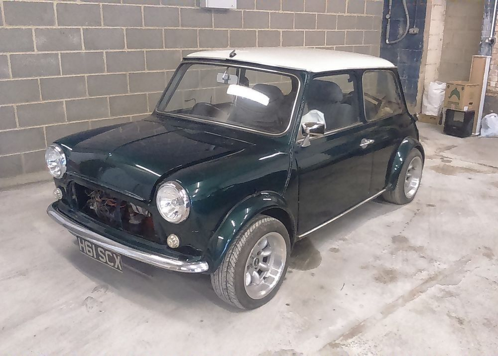 Ebay Rover Mini Cooper Classic Car Part Restored Comes With 90 Parts To Complete Classicmin Rover Mini Cooper Mini Cooper Classic Classic Mini