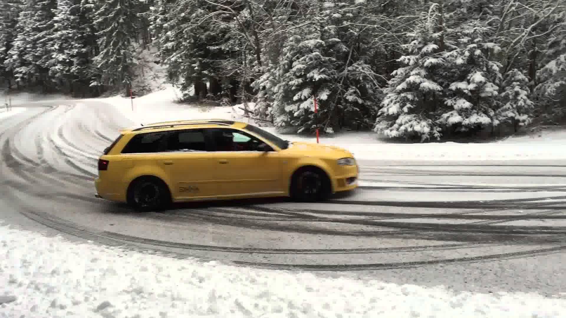 Audi Rs4 Snow Drift Audi Audi Rs4 Audi Rs4 B7