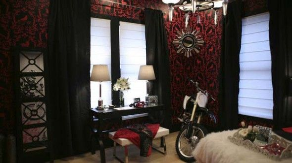 Motorcycle Hobbies Theme Decorating For Woman Bedroom Design