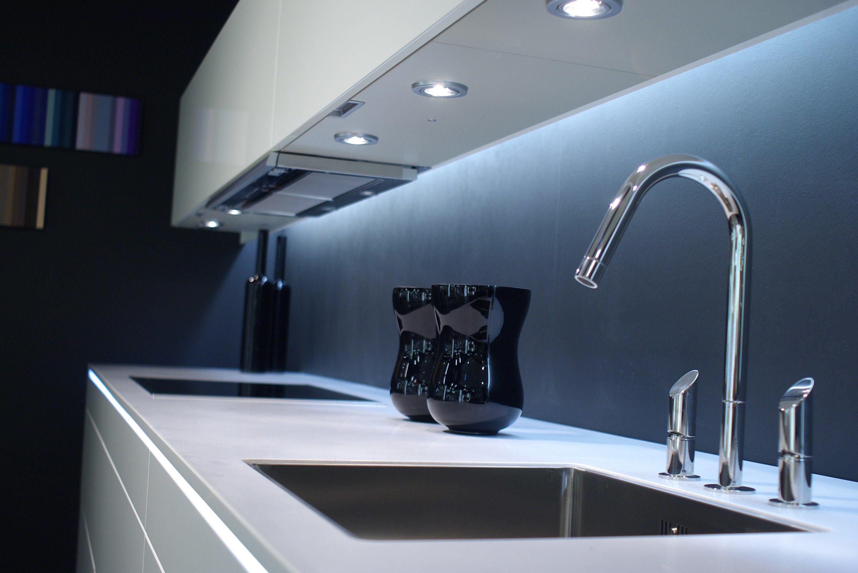 Cabinet Lighting Options Modern Kitchen Sink Cabinet Lighting Modern Kitchen Lighting Cabin Modern Kitchen Sinks Modern Kitchen Lighting Kitchen Light Fittings