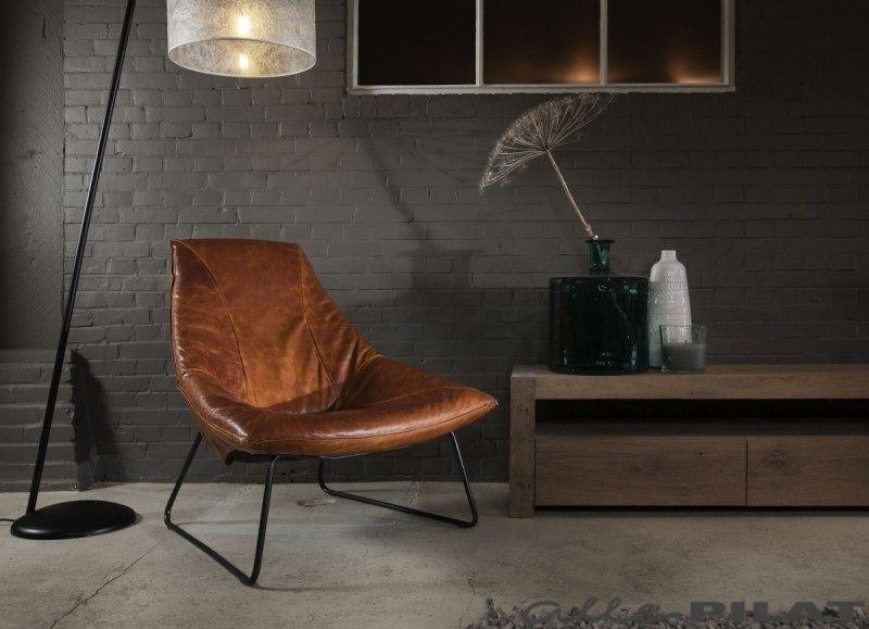 Leren fauteuil beal living rooms interiors and dark