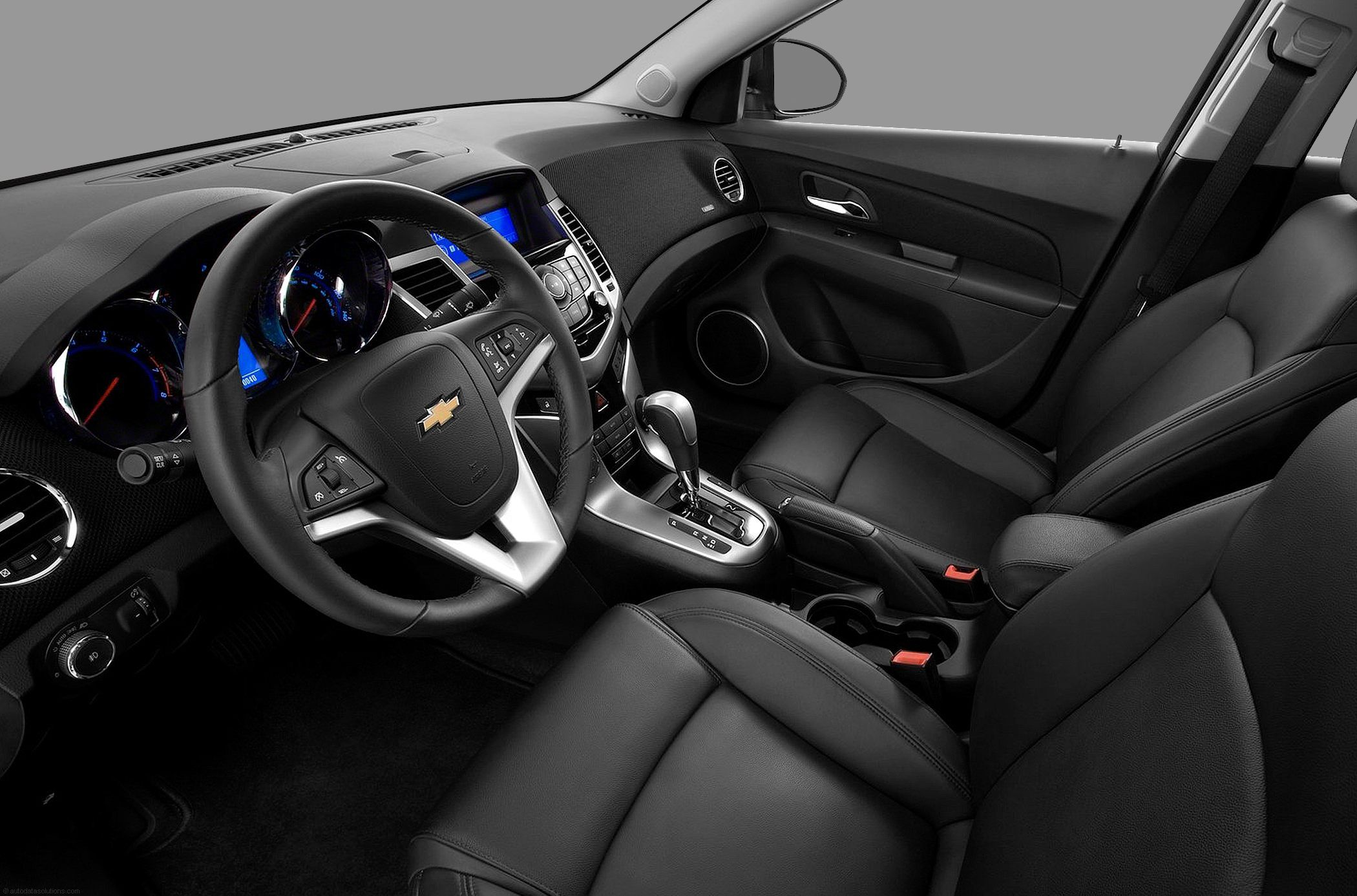Are you a fan of cloth or leather interiors this chevrolet cruze with available leather