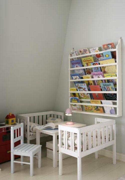 weiße holzmöbel ideen für leseecke im kinderzimmer einrichten