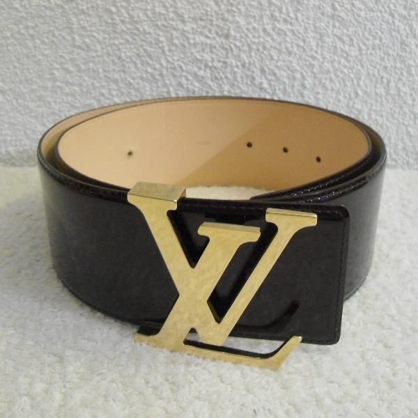 Tip: Louis Vuitton Small leather good (Chocolate)