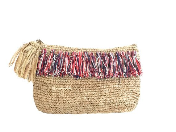 embrayage de raphia pompon plage sac main pochette par moosshop bazar paniers chapeaux and. Black Bedroom Furniture Sets. Home Design Ideas