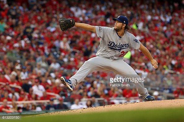 The Dodgers defeat the Nationals in game 1 in Washington.