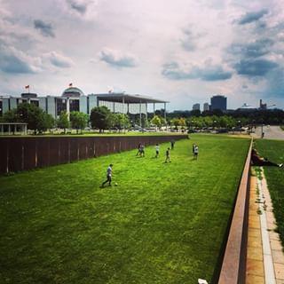 Spreebogenpark In 2020 Soccer Field Field Soccer