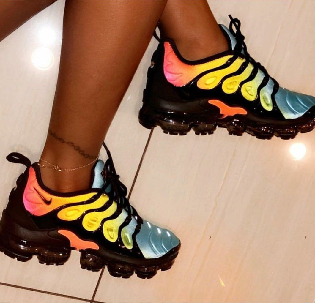 free shipping be3e7 18f3c $89 Nike Air Vapormax Plus Tropical Sunset Womens | $HOE$ in ...