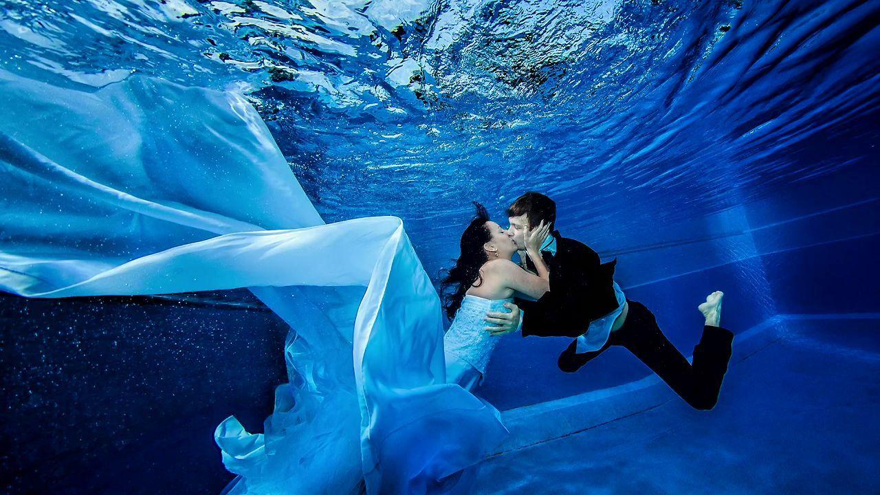 Underwater Wedding Photography Underwater Wedding Photography Underwater Portrait