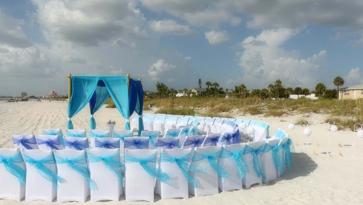 Florida Beach Wedding Style From Suncoast Weddings With A Curved Seating Arrangement At P