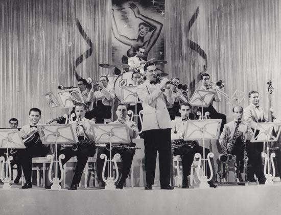 benny goodman orchestra - Google Search | Bandleaders | Pinterest ...