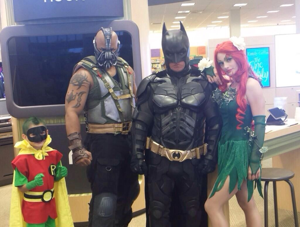 Cute Cosplay family.