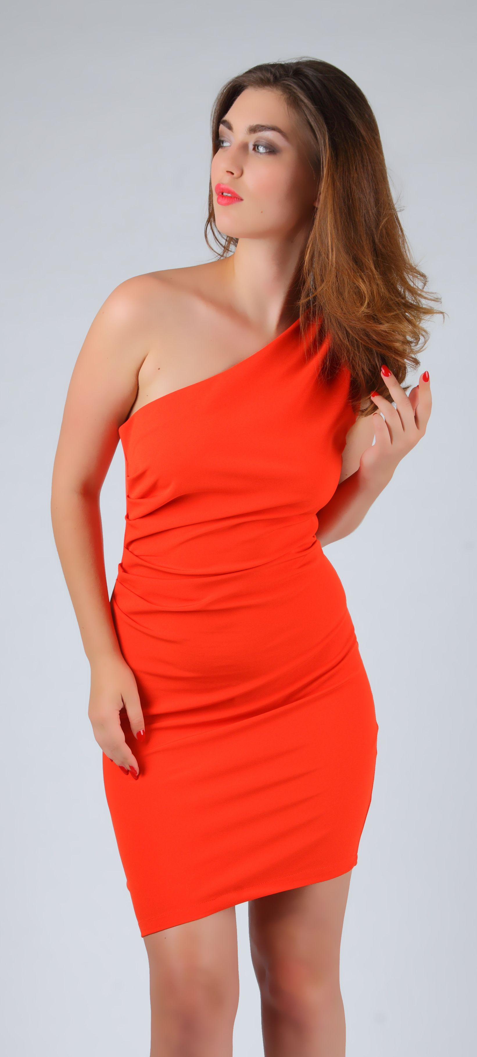 Elegant, classy yet very comfortable peachy red one-shoulder ...