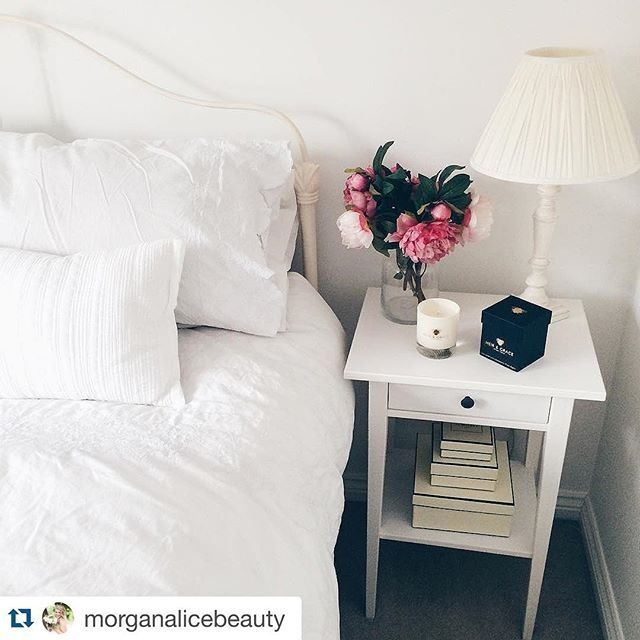 Room Smells repost @morganalicebeauty ・・・ love my new @heirandgrace candle