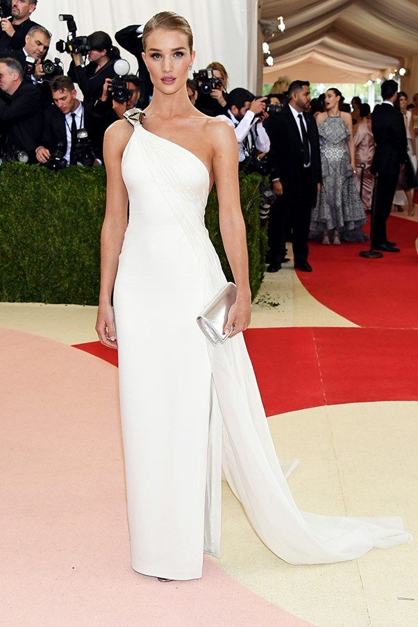 All The Looks Met Gala 2016 Red Carpet - Image 14