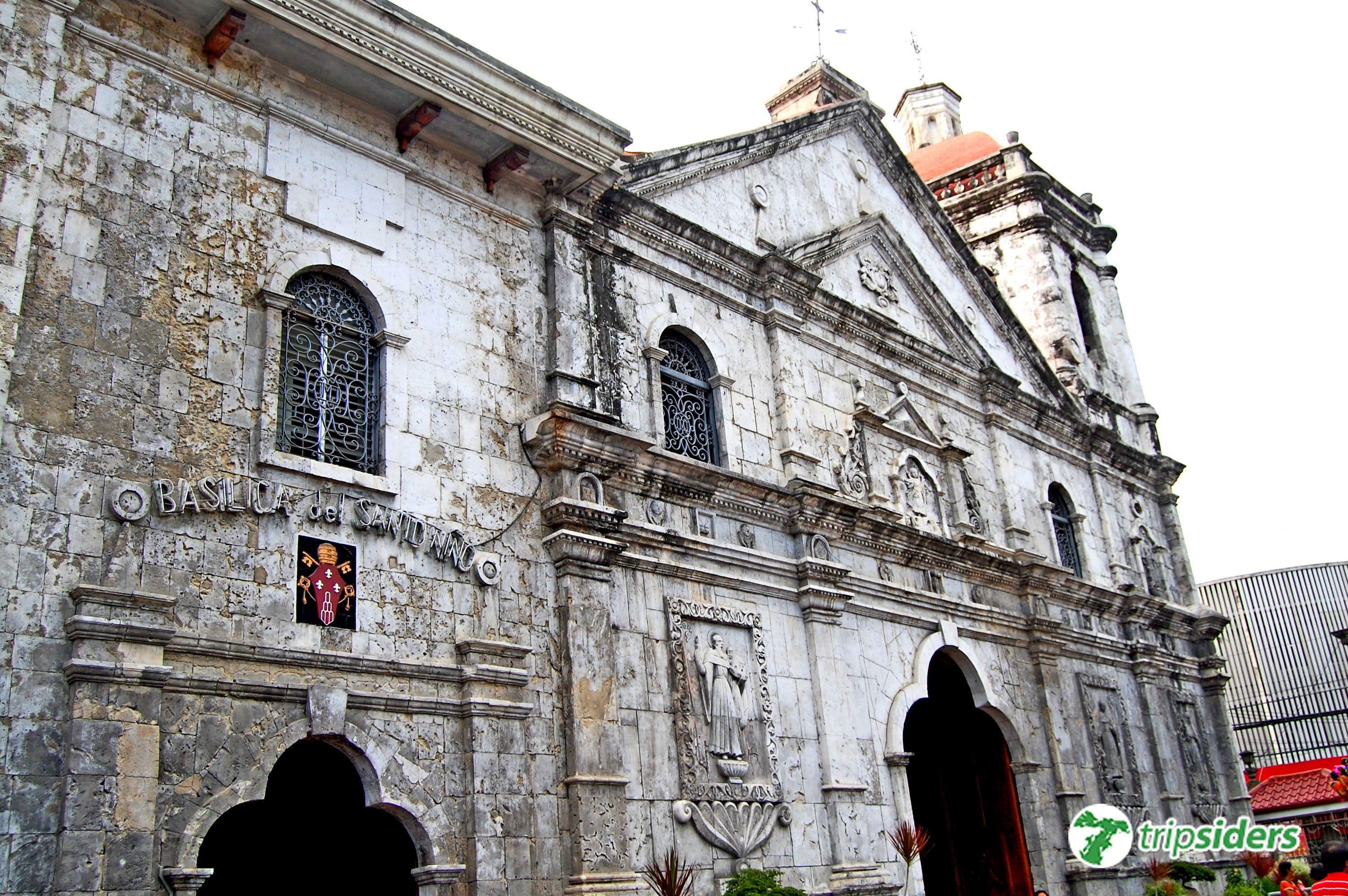 top travel destinations in the philippines basilica de santo nino