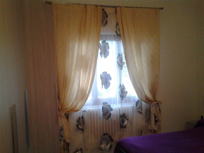 Tende soggiorno ~ Tende a vetro in ulle francese con applicazioni in velluto di seta