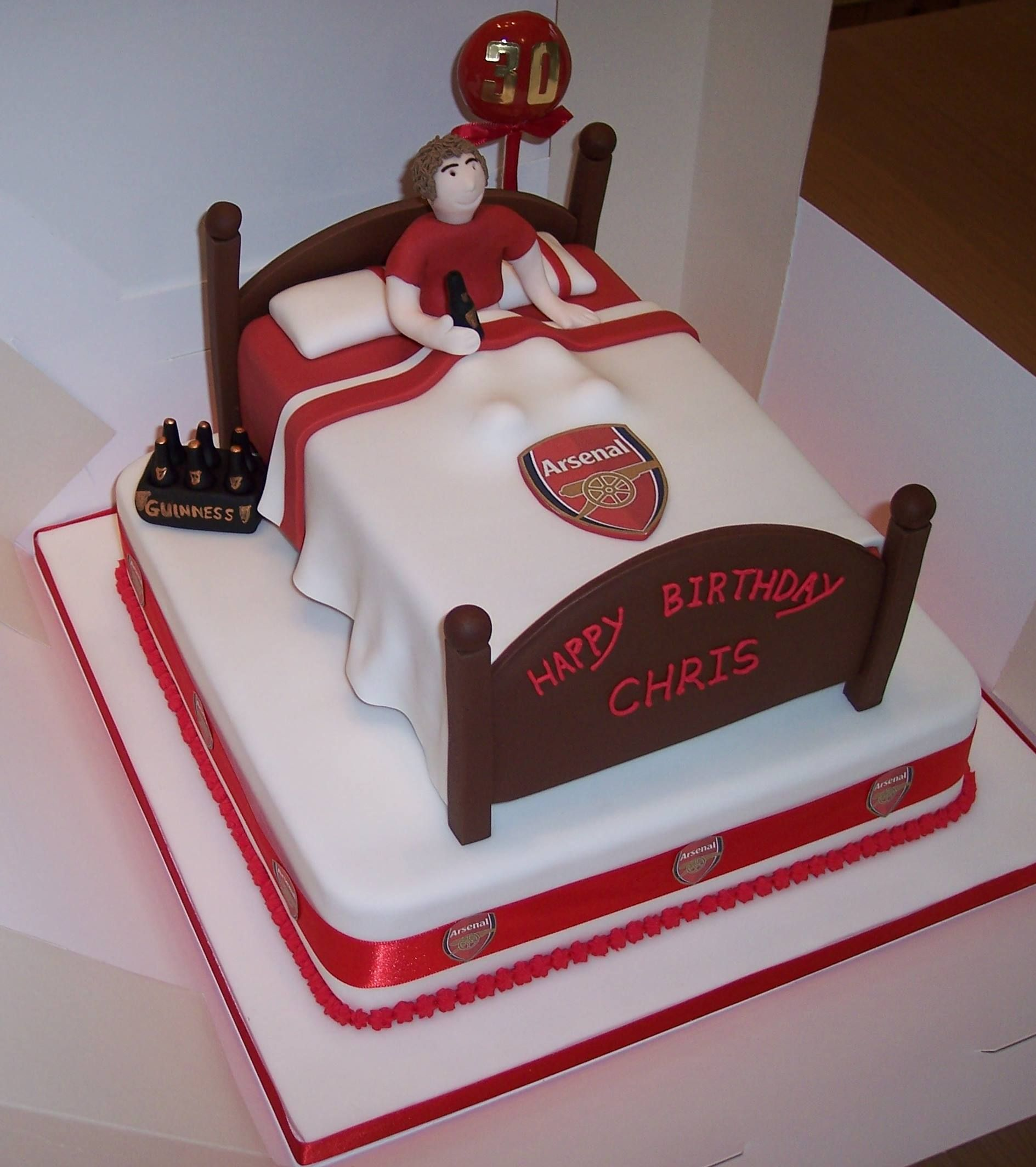 Arsenal Bed cake ideas Pinterest Arsenal 3d cakes and Cake