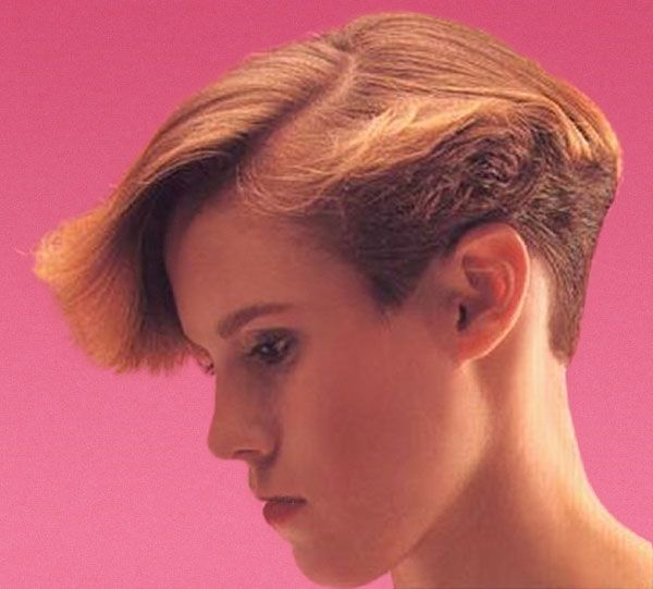 Short Back Cropped Gallery 1 Of 3 Wedge Hairstyles Wedge Haircut 80s Short Hair