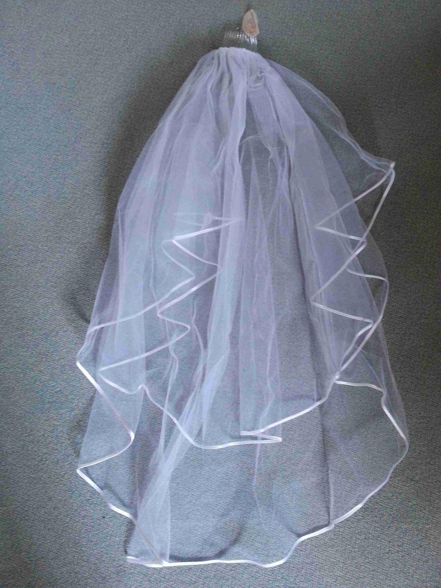 ♥ Reinweißer kurzer Schleier ♥  Ansehen: http://www.brautboerse.de/brautkleid-verkaufen/reinweisser-kurzer-schleier/   #Brautkleider #Hochzeit #Wedding