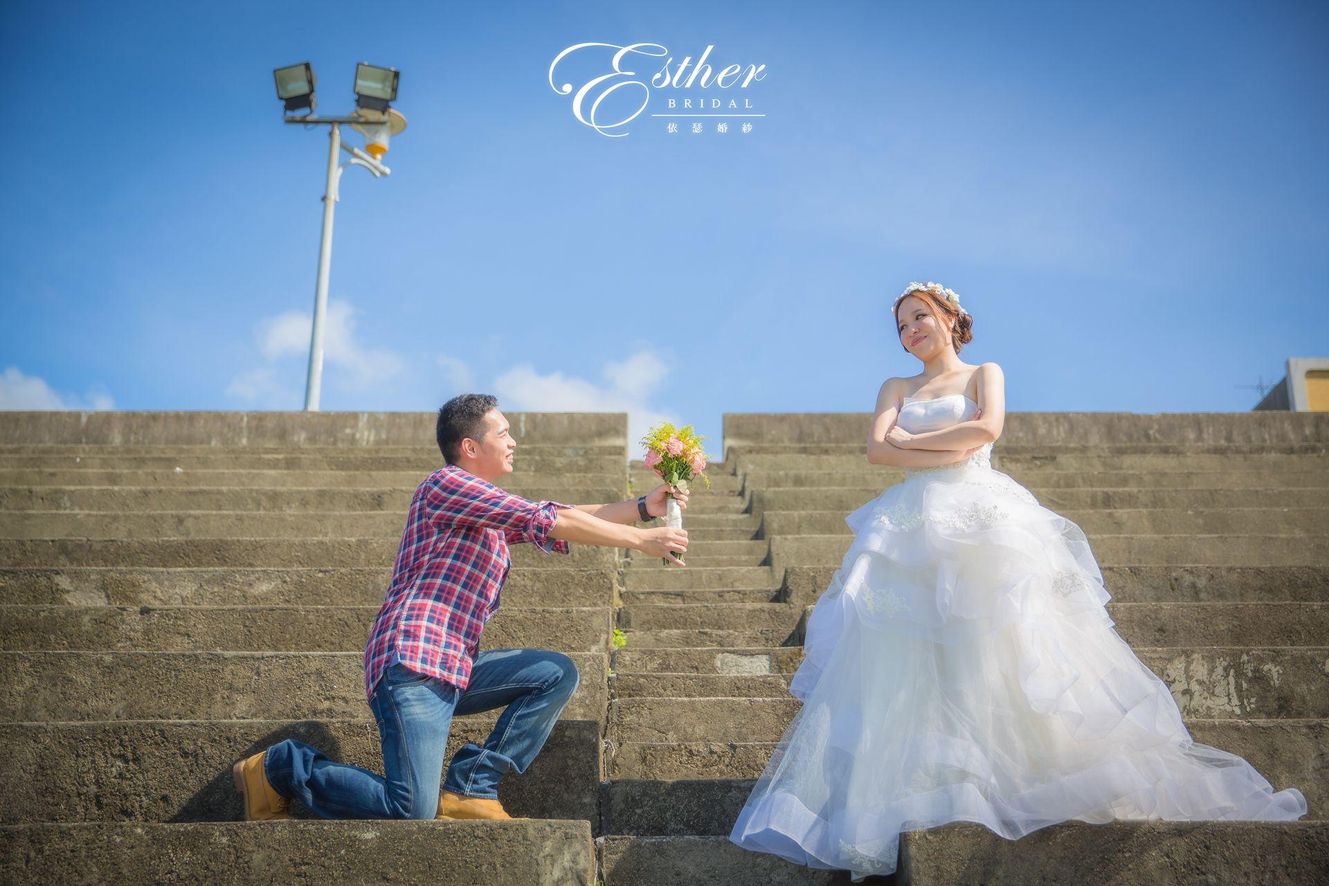自助婚紗 就是任性要你說出一百個求婚的理由,雖然我一直都知道,最重要的理由是你愛我。 {自然系婚紗} Photographer/ Lion Lai Makeup Artist/ Yiying Lee