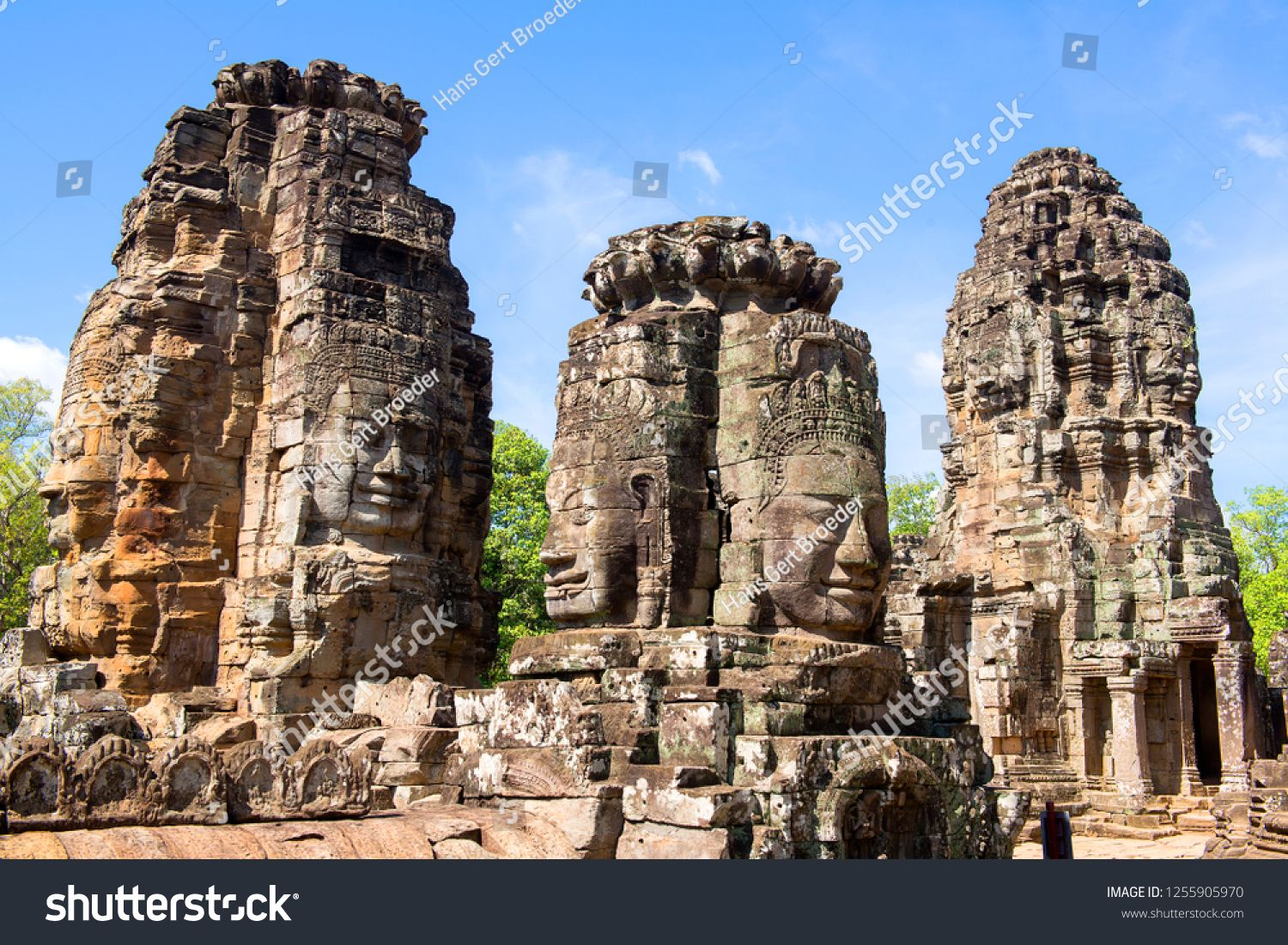 Faces of Bayon temple in Angkor Thom, Siemreap, Cambodia. The Prasat Bayon is a richly decorated Khmer temple at Angkor , ancient architecture in Cambodia #Sponsored , #ad, #Angkor#Thom#Siemreap#Faces