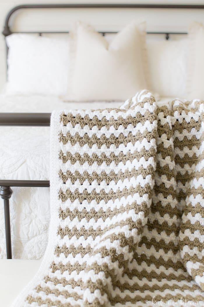 Simple Granny Stripe Afghan | Tejido