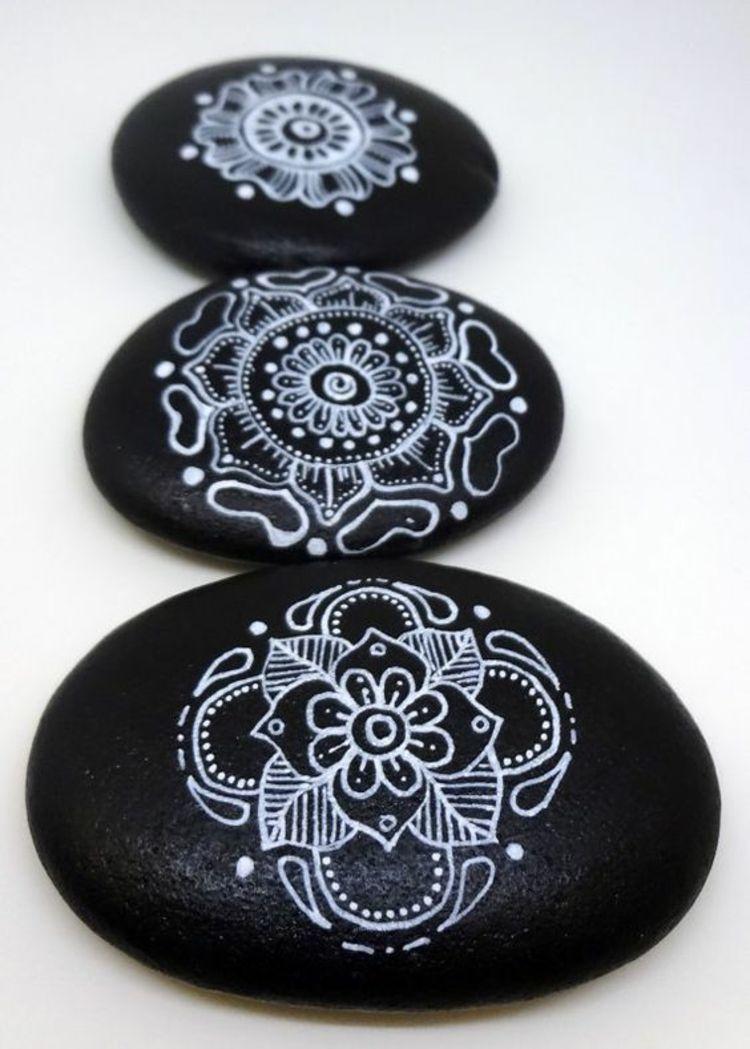 steine bemalen 40 ideen f r originelles basteln mit steinen steine pinterest. Black Bedroom Furniture Sets. Home Design Ideas