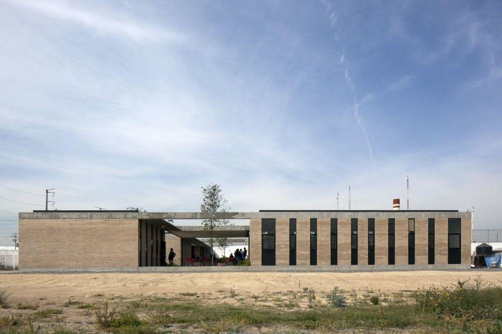 Preparatoria Nuevo Continente Miguel Montor School School