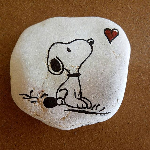 Barcelonabylittlecar On Instagram Tribute To Snoopy Barcelona Bcn Stoneart Catalunya Rock Painting Patterns Stone Art Painting Rock Painting Ideas Fish