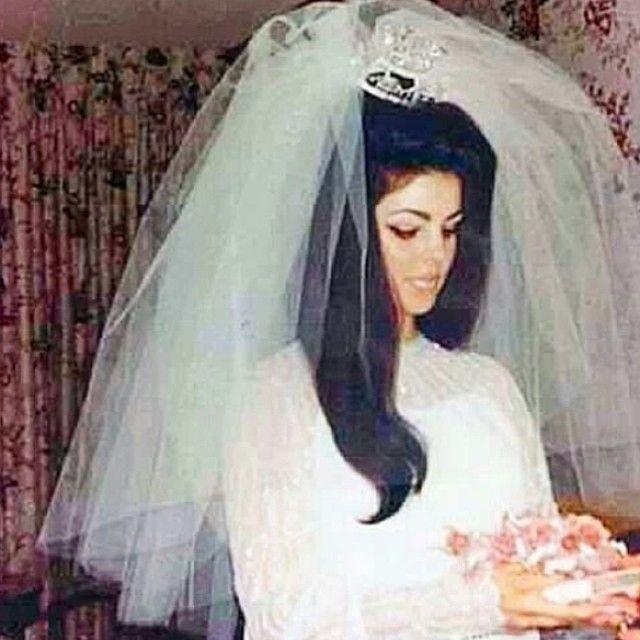 priscilla presley wedding gown