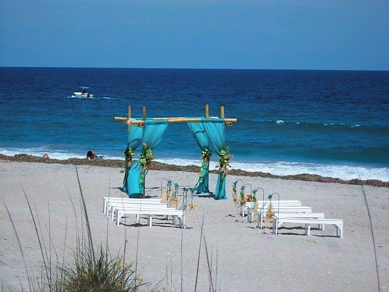 Beach Wedding Photo By Ginny Fonvielle Holly And Corey Maxson S Ceremony Site On Wrightsville