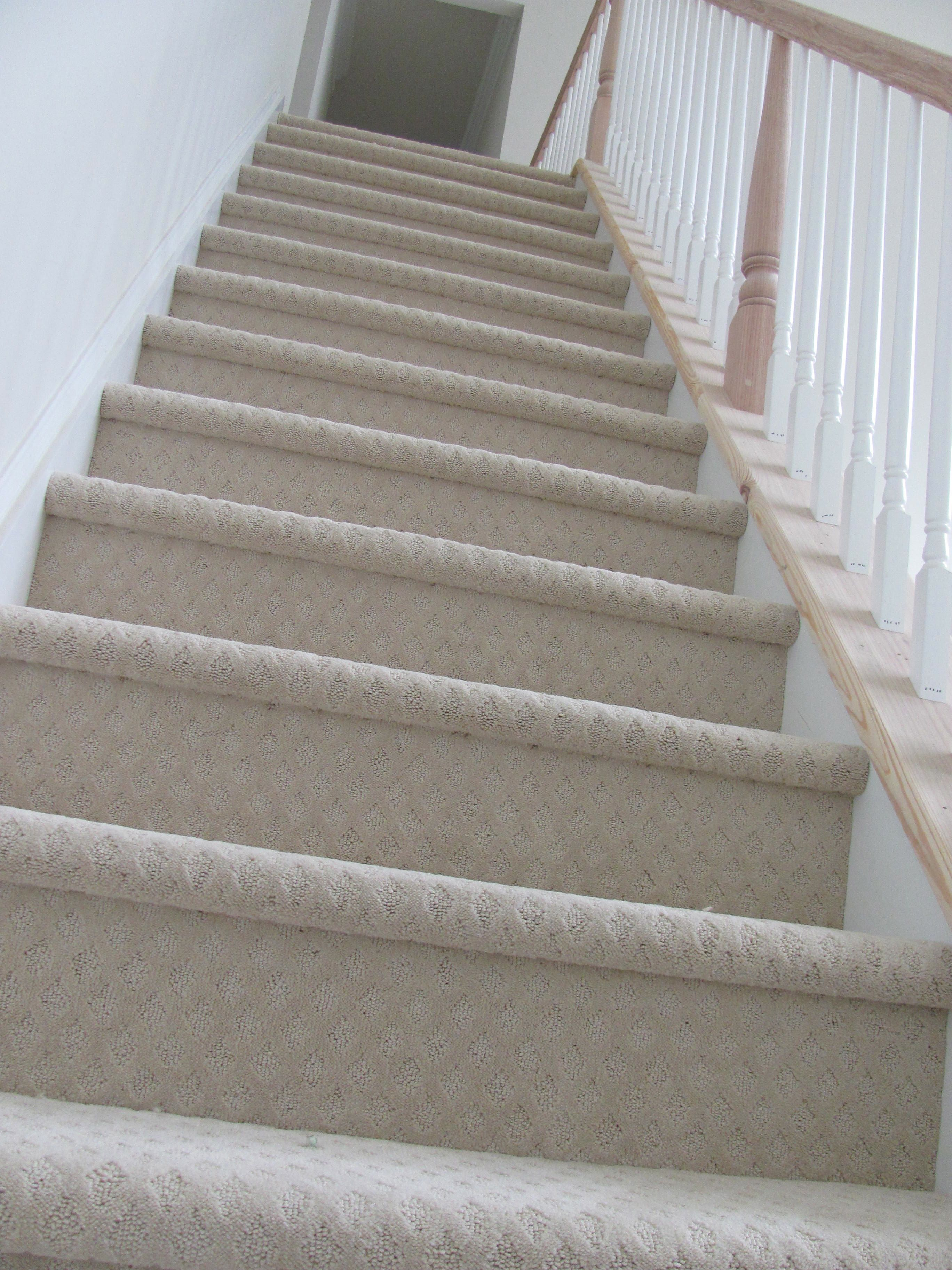 Best Back Stairs Carpeted Textured Carpet Carpet Stairs Stairs 640 x 480