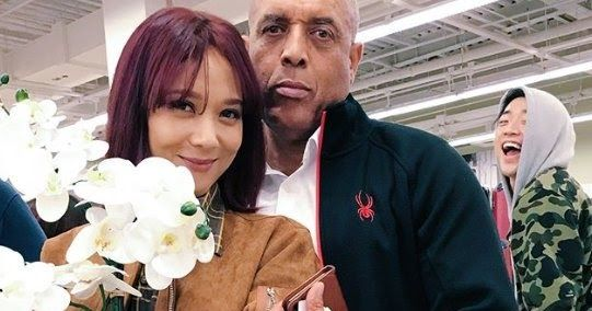 Yoon Mirae Shares A Photo With Her Father Photo Father Entertainment News