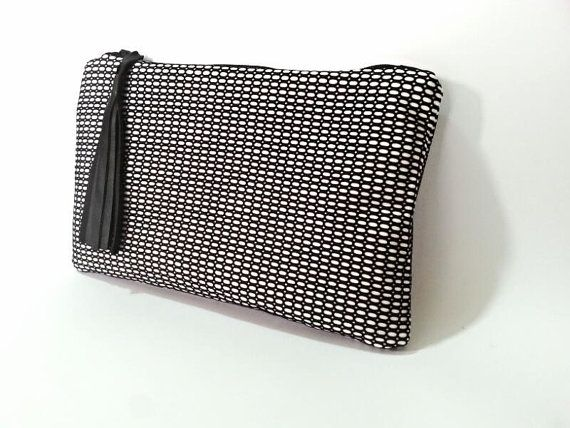 Black and white clutch - zipper clutch eith tassel - handmade bag - etsy