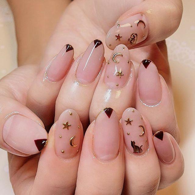 Pin By Bryttani Morones On Nails Moon Nails Star Nails Star Nail Designs