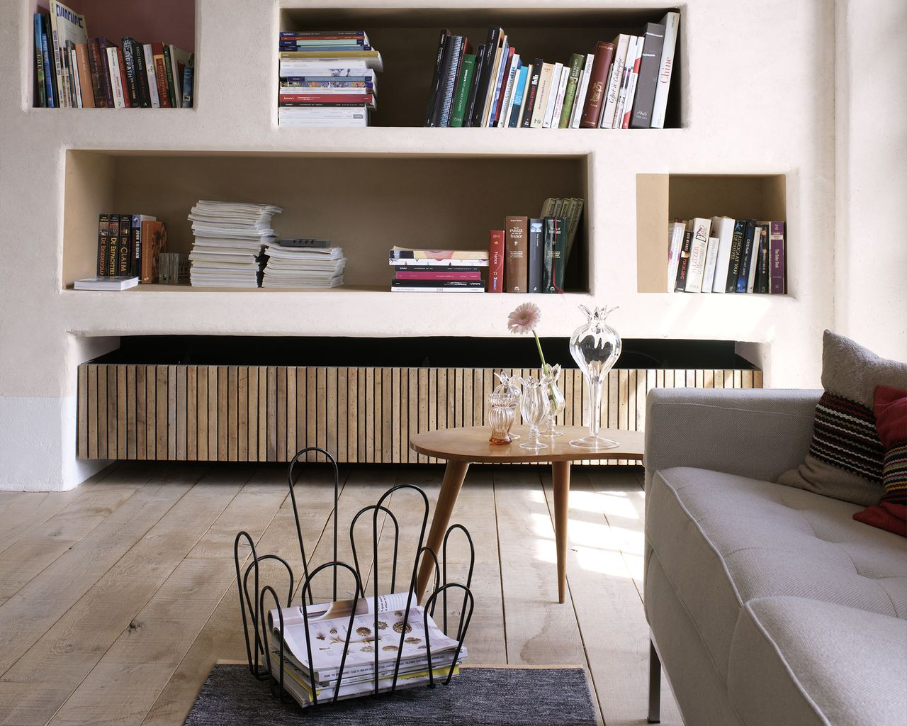 deco etagere etagere niche dulux valentine salon living room pinterest. Black Bedroom Furniture Sets. Home Design Ideas