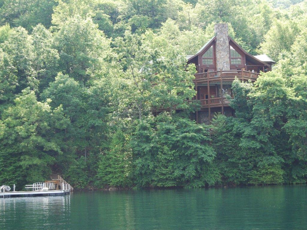 lrg two rentals cabins cabin vacation info nc by camp lodging runamuck getaway with large and game camprunamuck nantahala rooms