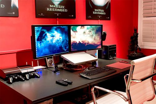 gaming room computer dual monitor setup wish for diablo 3 multi monitors pinterest