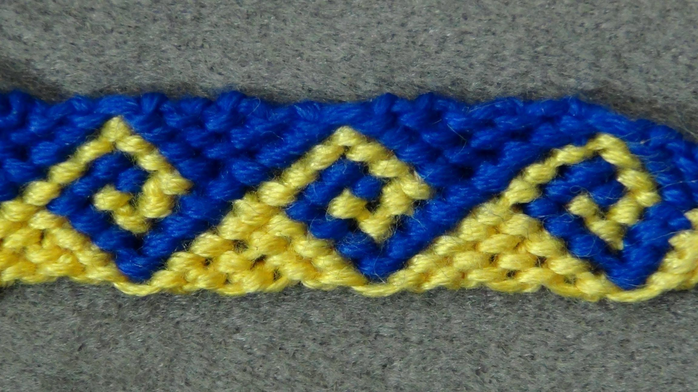 dd14e3a3b994a ▻ Friendship Bracelet Tutorial 34 - Intermediate - The Greek Wave ...