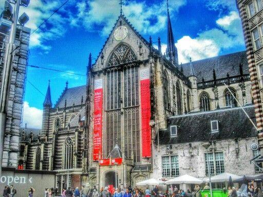 la iglesia nueva de amsterdam del siglo xv en la plaza dam