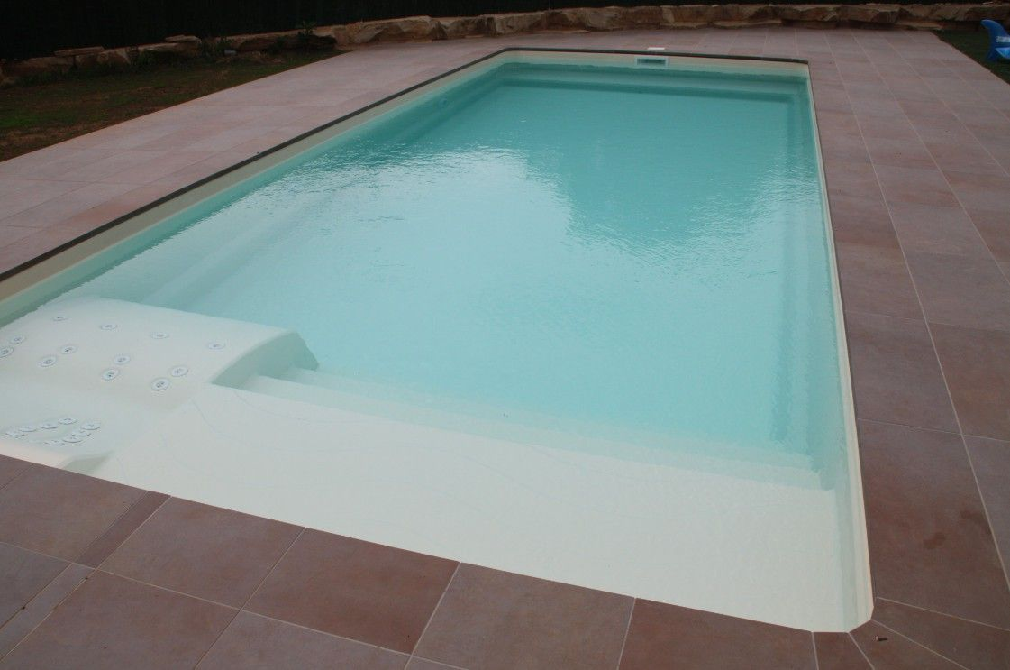 Piscine Coque Polyester Valence Gamme Pure Piscine Coque Piscine Coque Polyester Prix Piscine