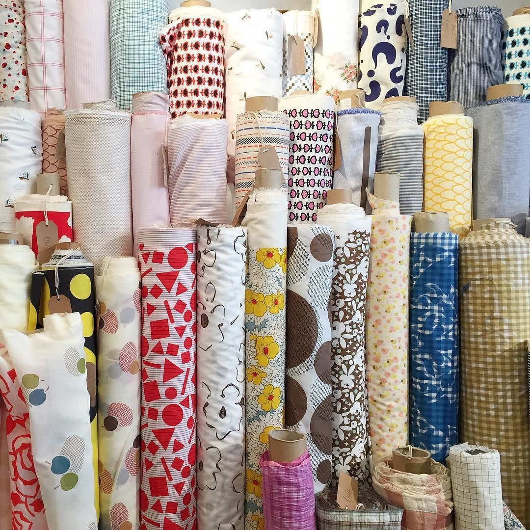 Shopping for fabric for DIY tablecloths and napkins in Soho for a very exciting four-part shoot we have coming up next week. When hired options just won't cut it the Cloth House delivered big time. Our amazing collaborators will include @kittengraysonflowers and @mandjphotos