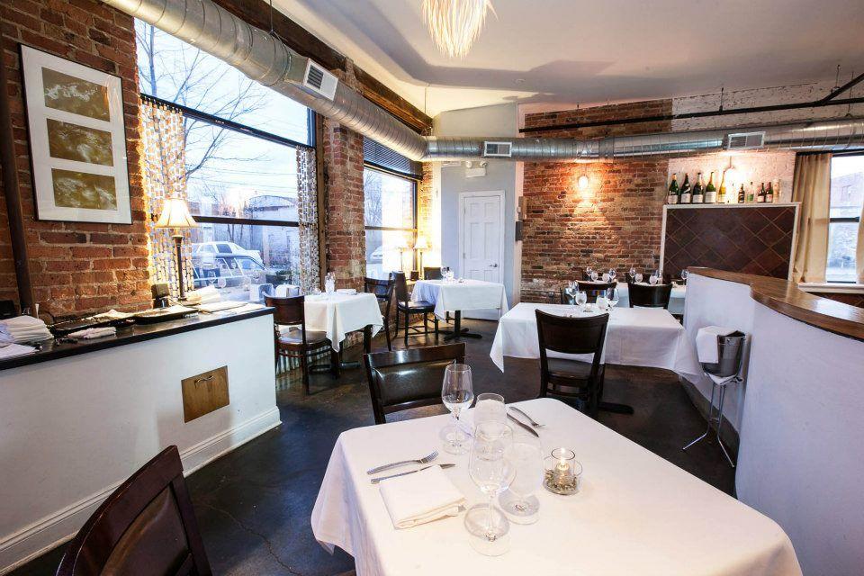 8 Weird And Fun Restaurants In Chicago Chicago In 2019