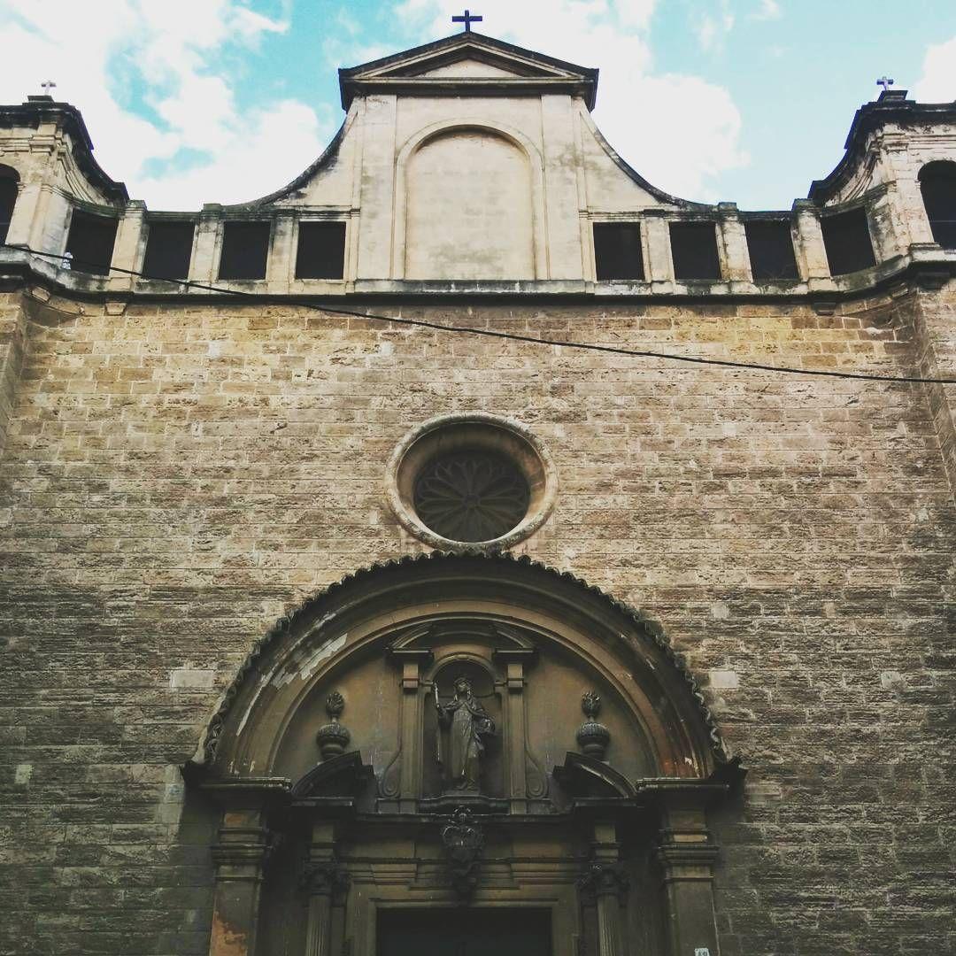 Calle San Miguel, #Palma de #Mallorca. #Spain #Spanisharchitecture #architecture #church #iglesia