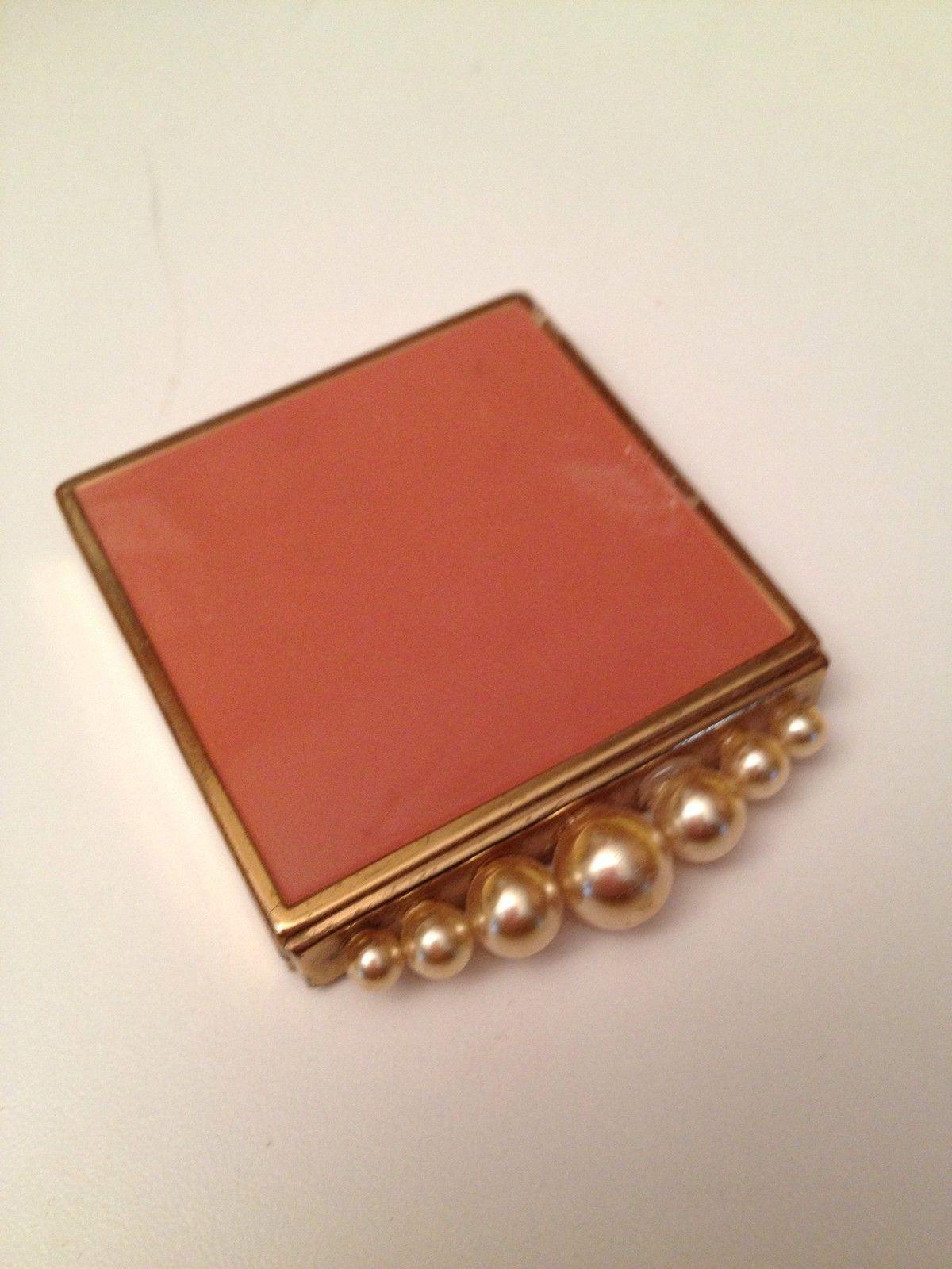 Vintage Pink Pearl Powder Compact Portsigar Zazhigalka Sumki