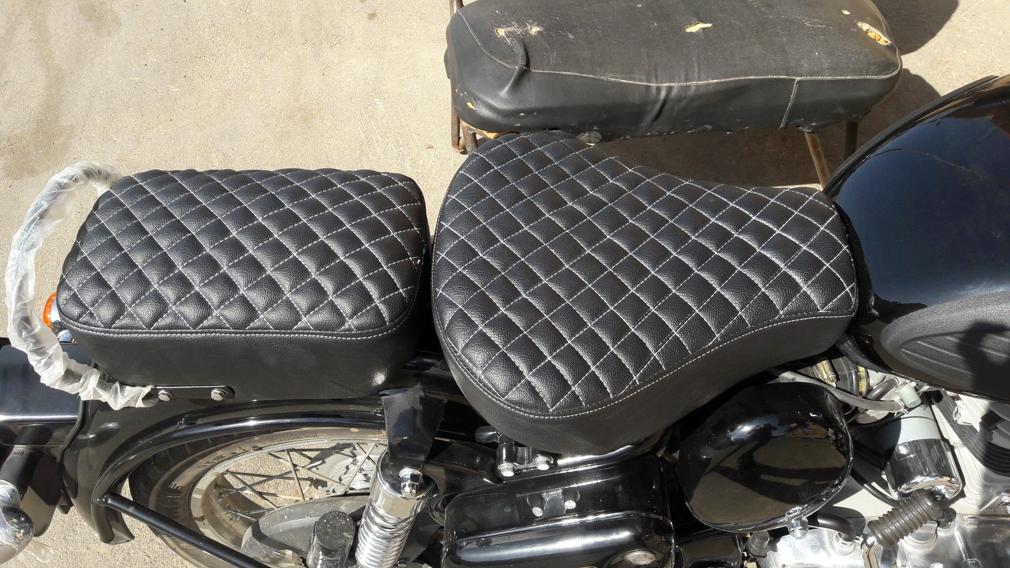 Enjoyable Royal Enfield Classic 350 Leather Seat Cover With Perfect Evergreenethics Interior Chair Design Evergreenethicsorg