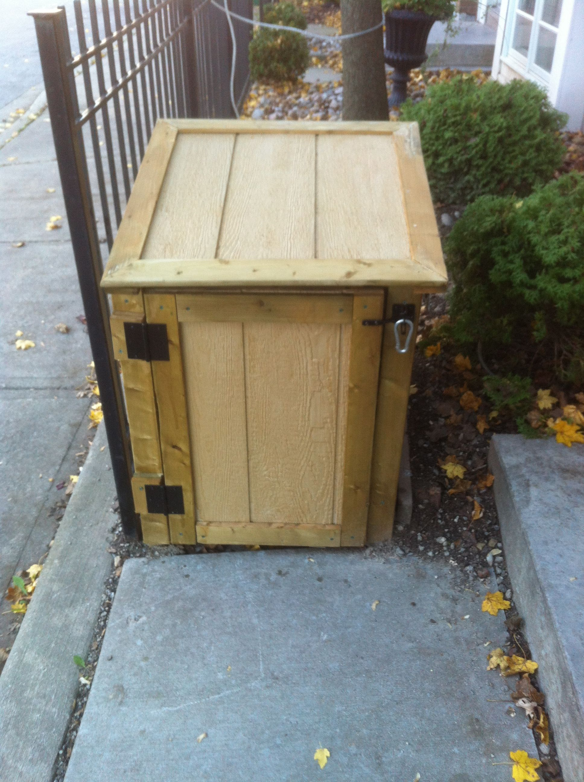 Raccoon Proof Green Bin Storage Green Bin Carpentry Projects