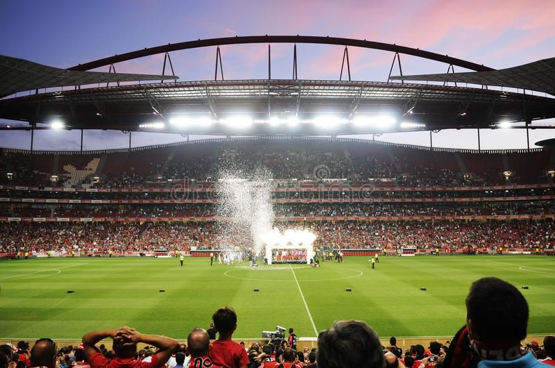 Soccer Fans Benfica Football Stadium Estadio Da Luz Lisbon Portugal Light Aff Estadio Stadium Luz Da Soccer Stadium Football Stadiums Lisbon