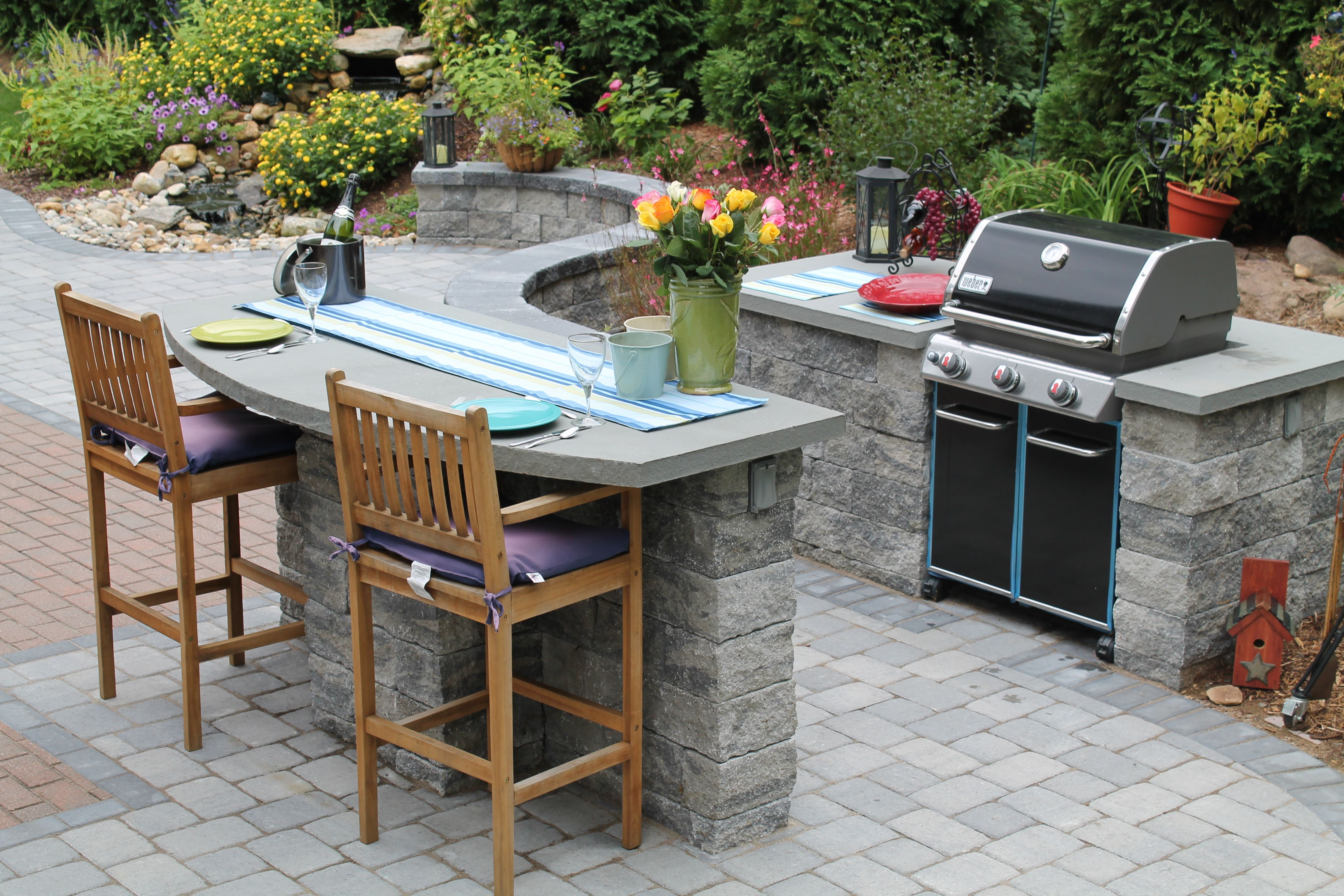 Outdoor Built In Grill And Bar